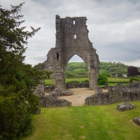 Berkshire branch of the Cambridge Society visit to Talley Abbey