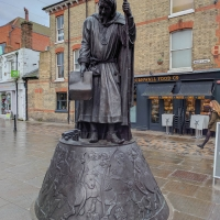 Statue of Chaucer