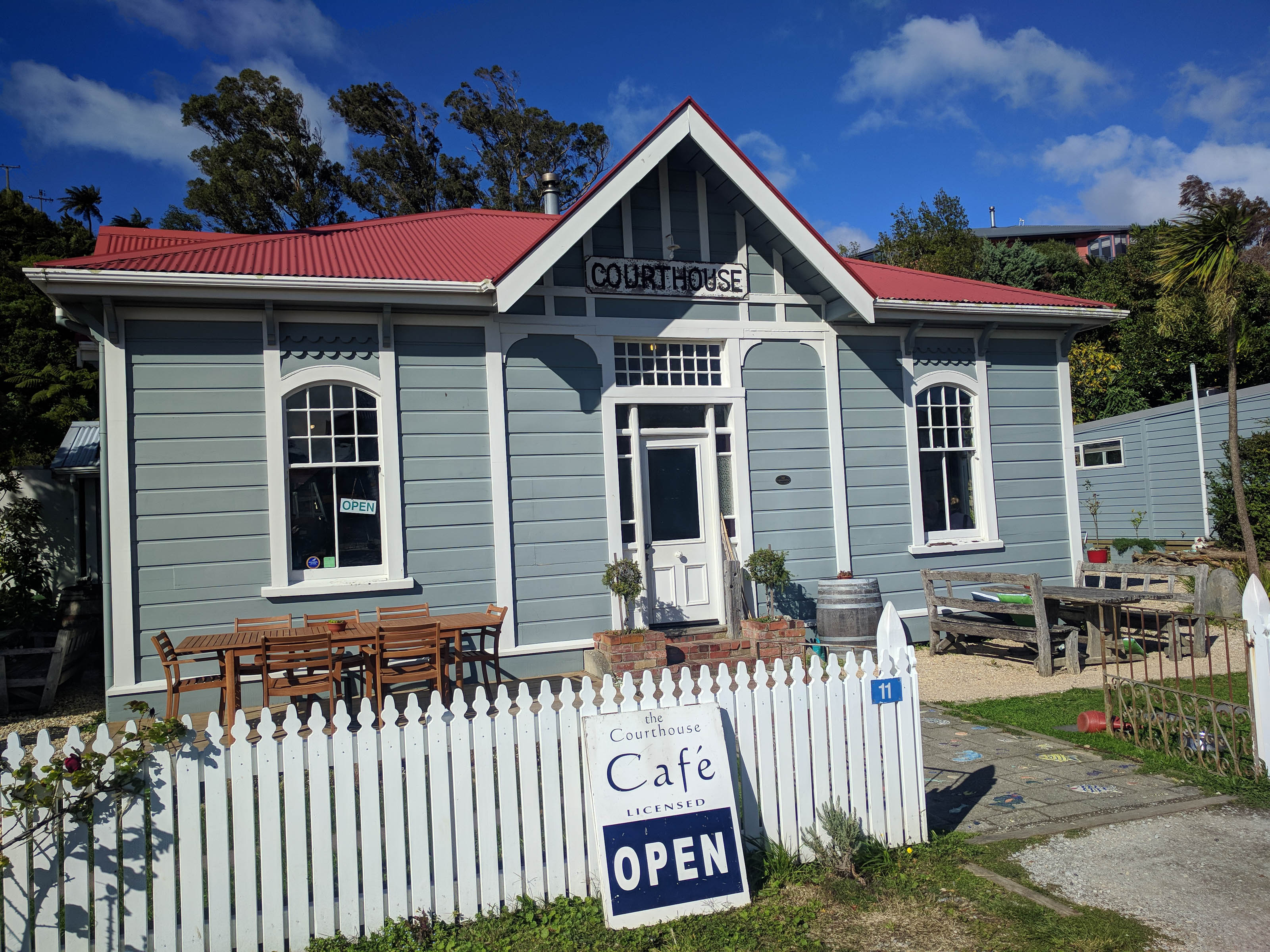 Collingwood, The Court house cafe